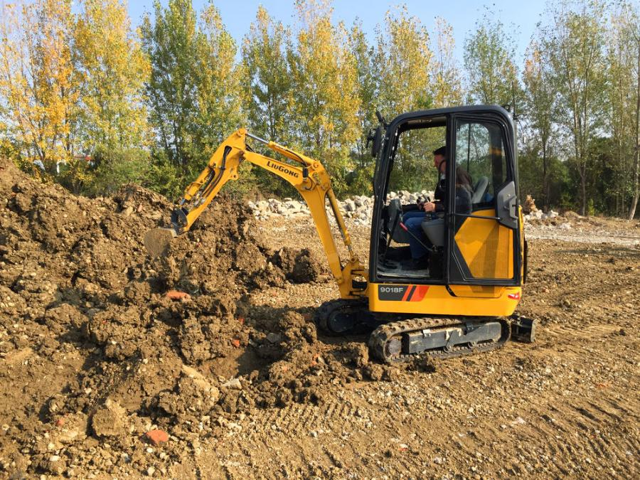 The 9018F represents the smallest of the LiuGong F-Series excavator models.