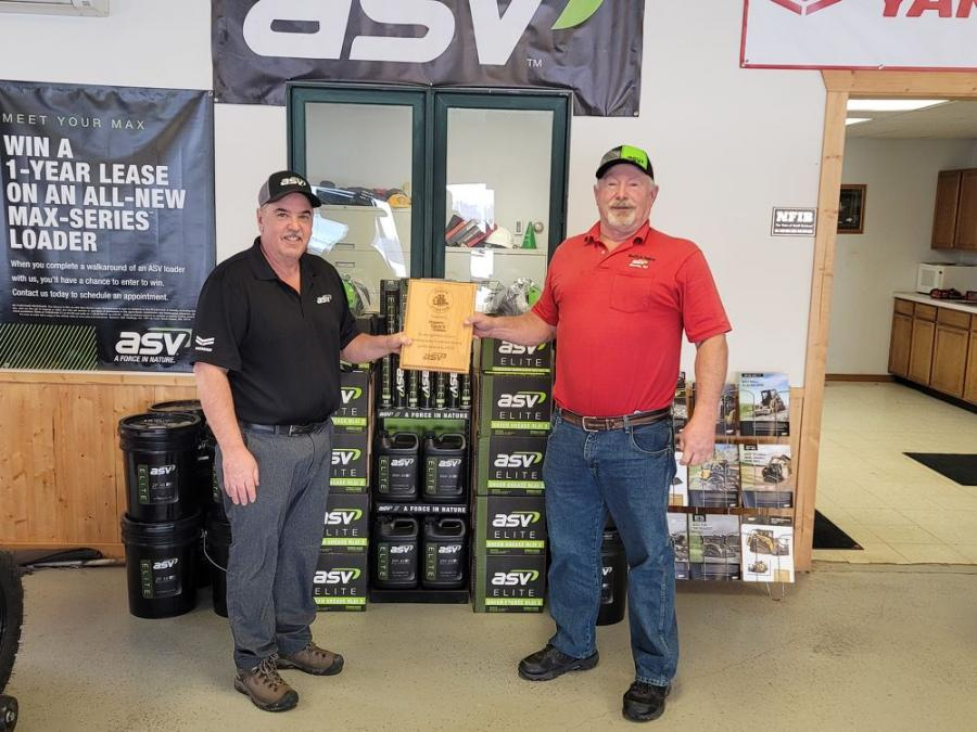 ASV Holdings Inc. announced Duffy's Sales & Rental as the 2020 Dealer of the Year and CLM Equipment as the 2020 Rookie of the Year.  ASV Business Development Manager Jim Haroldson (L) presented the award to Duffy's Sales & Rental Owner Russ Rydberg.