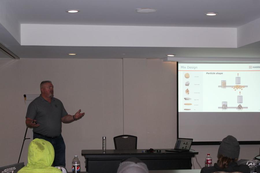 Tim Kowalski of Hamm Compaction makes a presentation at the paving seminar.