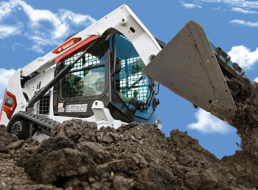 The four new M3-Series 500 platform size model loaders include the S510 and S590 skid-steer loaders and the T550 and T595 compact track loaders.