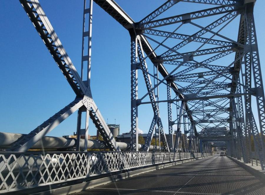 Both Canada's New Brunswick transportation agency and MaineDOT agreed that, despite efforts to maintain its upkeep, the old bridge's rate of deterioration was quickly bringing it closer to being obsolete. (MaineDOT photo)