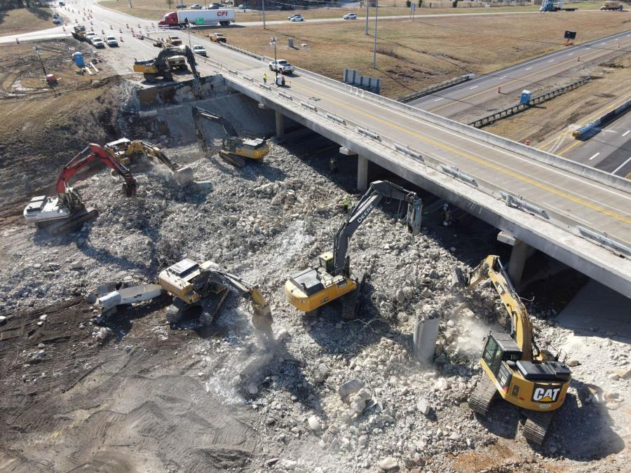 Crews will replace five bridges, including three overhead/overpass structures and two interstate bridges over railroads along Interstate 40 in Tennessee.