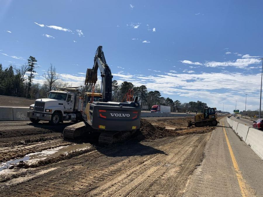 Longview Bridge and Road serves as the general contractor for the I-30 project, which includes demolishing an existing four-lane interstate and widening it to a six-lane highway; along with reconstructing a  32,940-sq- ft. bridge; and subsequent grading and drainage improvements.