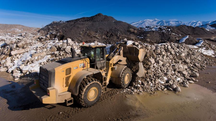 New to this class of medium wheel loaders, the Cat 980 XE and 982 XE models feature a Caterpillar designed and manufactured continuous variable transmission (CVT) that delivers increased fuel efficiencies up to 35 percent and lower maintenance costs up to 25 percent compared to the M series models, according to the manufacturer.