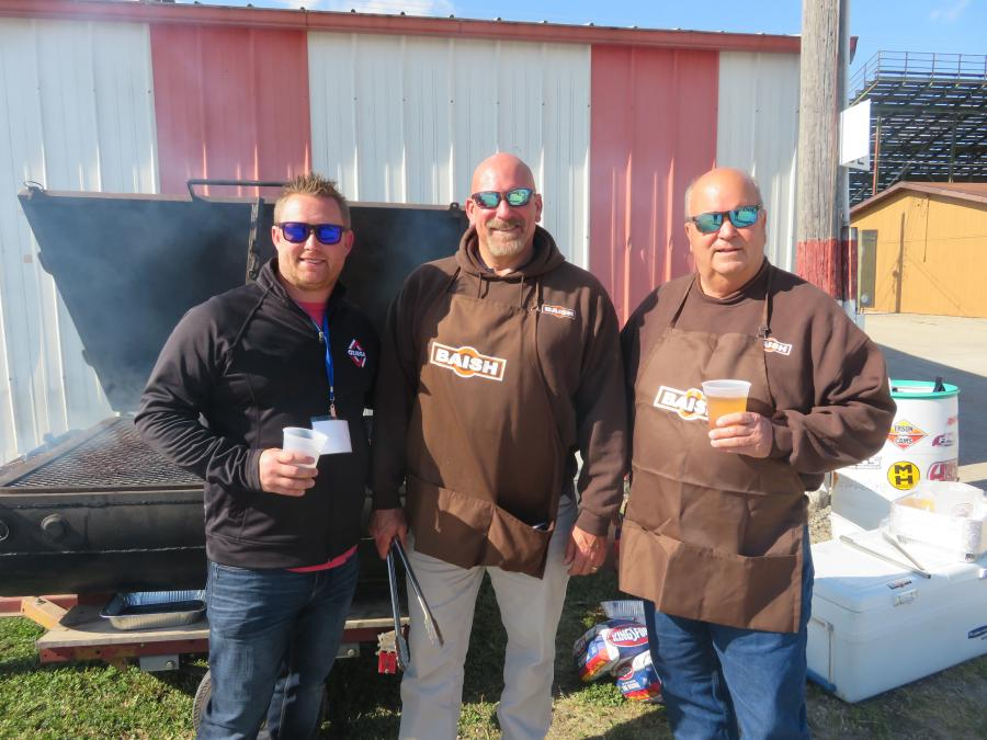 (L-R): Taking care of the cooking duties at the Meet & Greet Expo are Norm Beasley of Ozinga Ready Mix; Bob Dehn general manager of Baish Excavating; and Bob Baish, owner of Baish Excavating Inc.