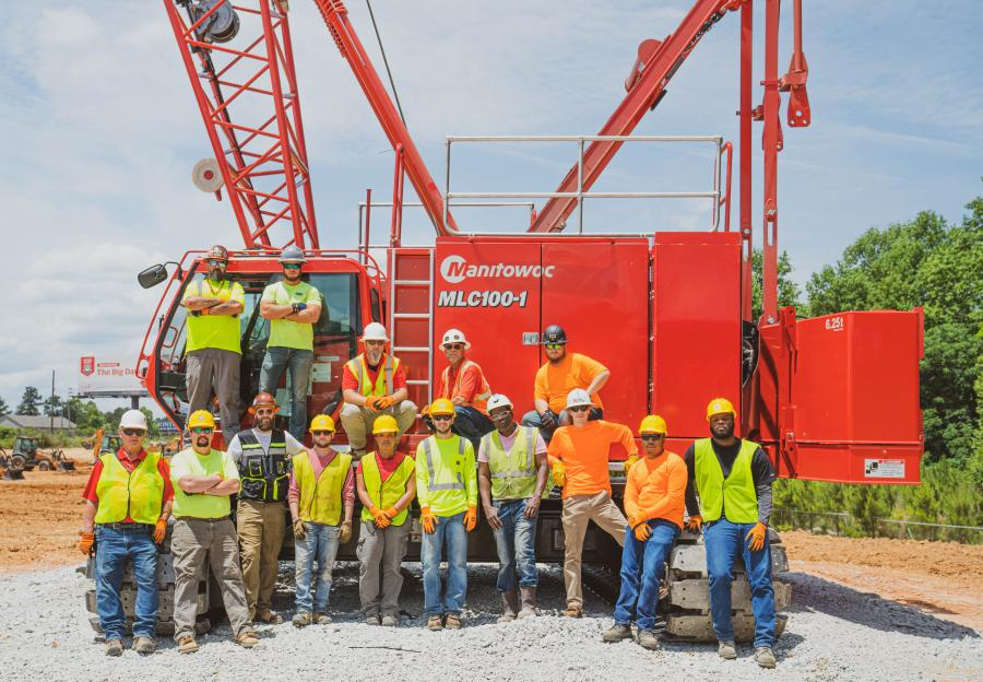 Forty students participated in a field day class and watched the crawler crane be assembled and tested.