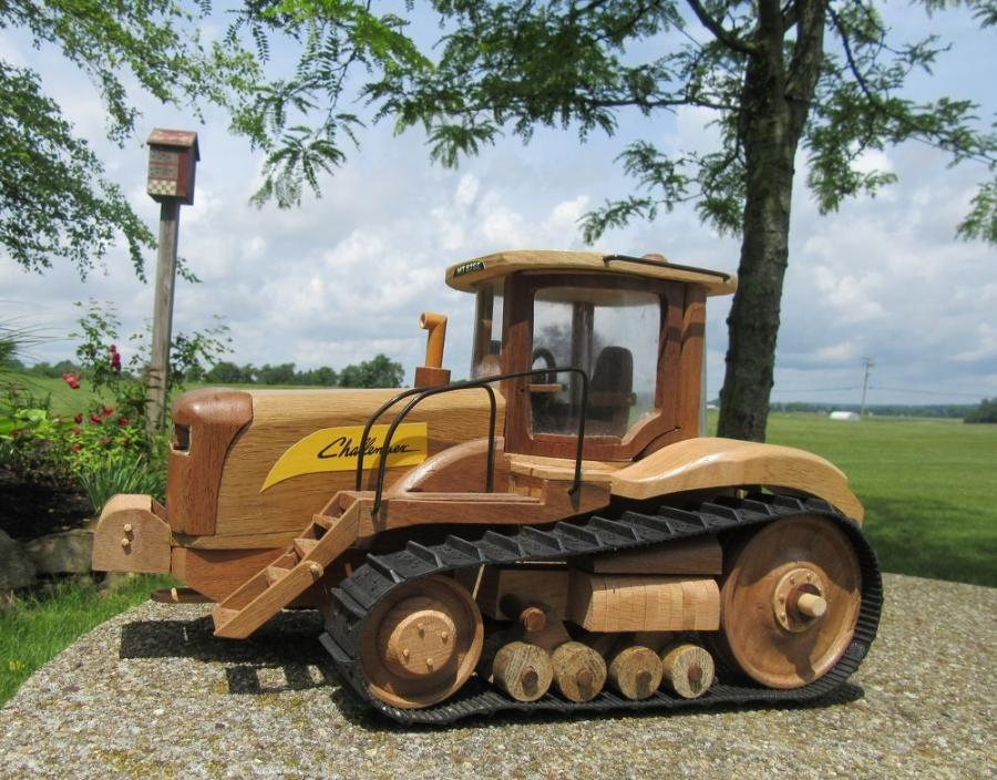 This Caterpillar Challenger, the only machine Don Weisel built with rubber tracks, is a 1/10 scale model and is built with exacting detail.