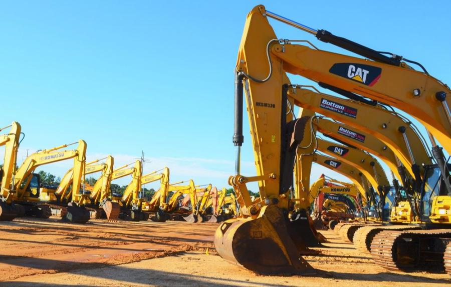 Another fantastic selection of hydraulic excavators at this sale.