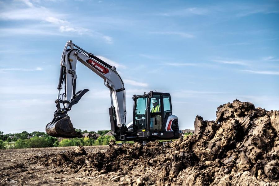 The E88 comes equipped with dual-flange track rollers, integrated counterweight, extra machine weight and added track on ground.