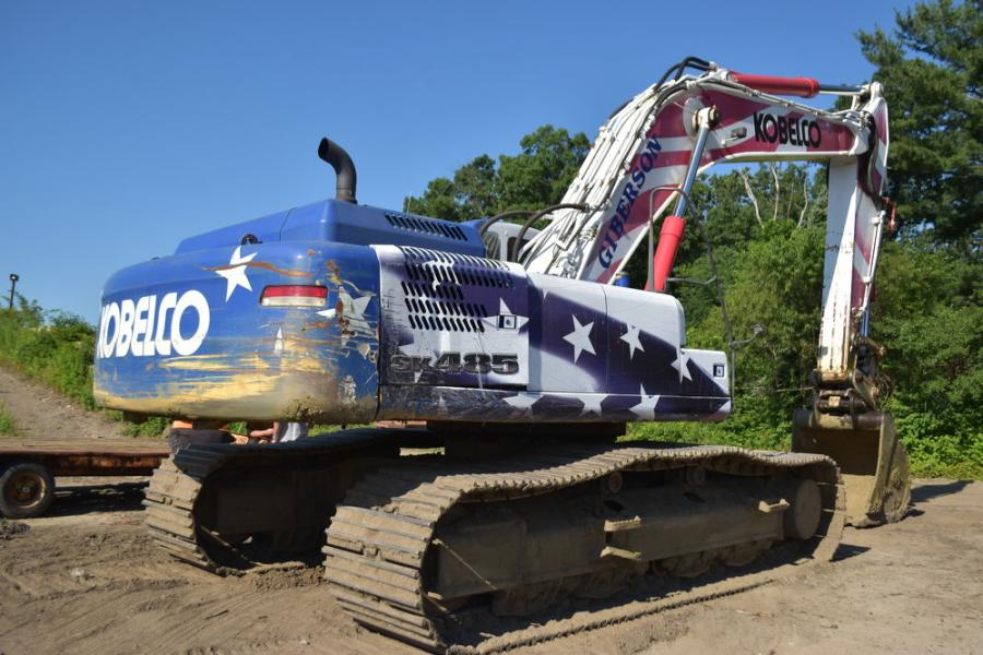 This Kobelco SK485LC special Stars & Stripes edition excavator was a one-of-a-kind machine that was on display at the 2008 ConExpo. At the sale, this machine brought in $91,000.