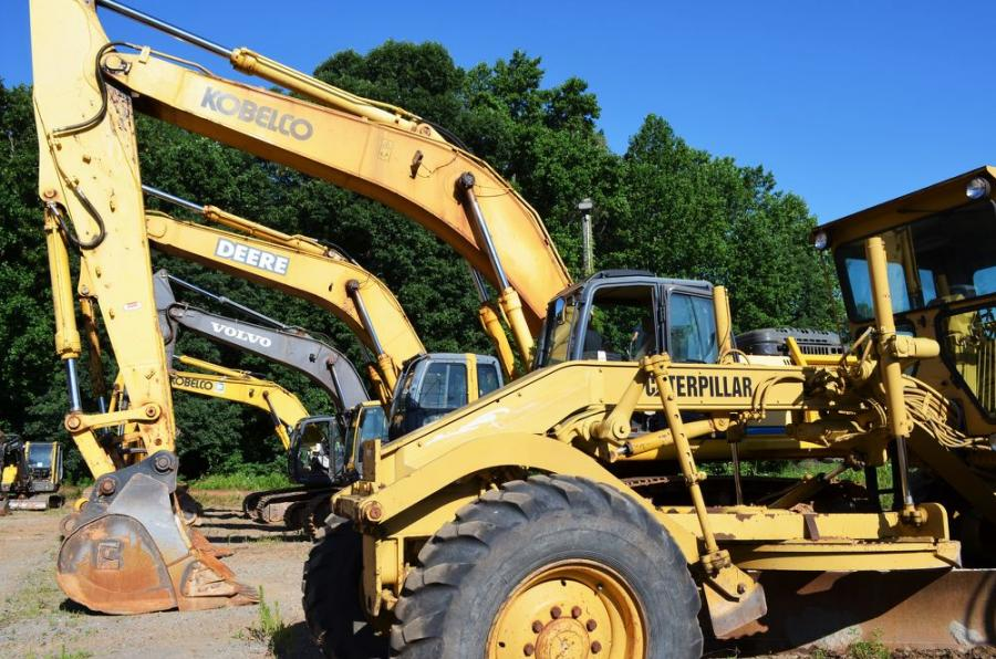 A well-maintained machine, truck and support equipment lineup was what bidders found at this sale.
