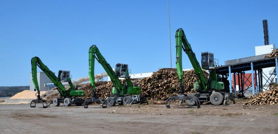 Port Hawkesbury Paper recently added a third Sennebogen log handler to its fleet after the first two accumulated a total of 100,000 service hours.