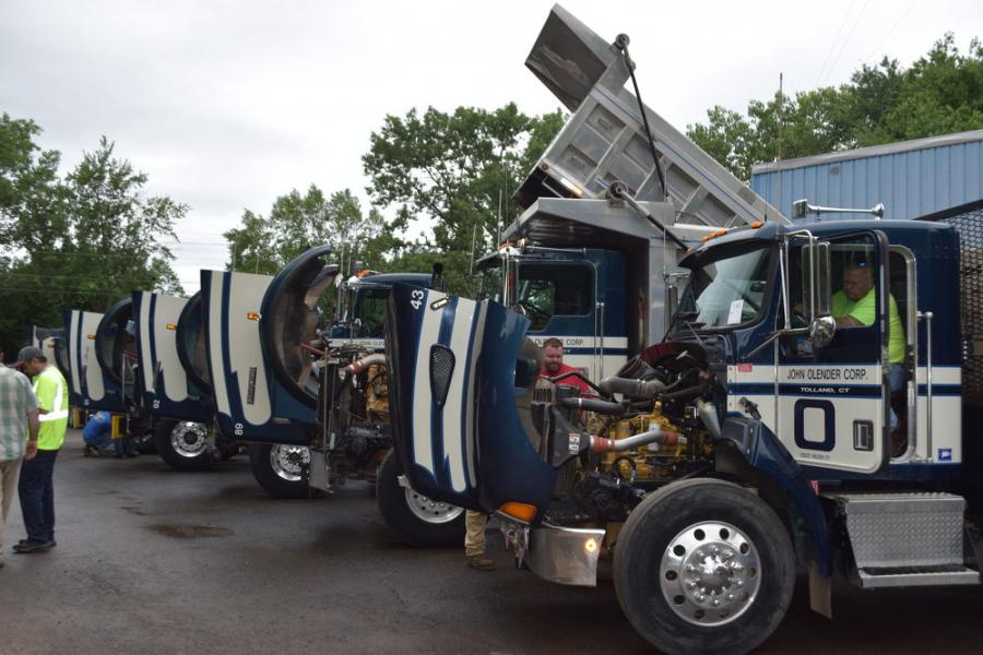 A fantastic lineup of Kenworth trucks, mostly model T800s from the early 2000s, was up for bid during the auction — the best of which brought in $90,000.