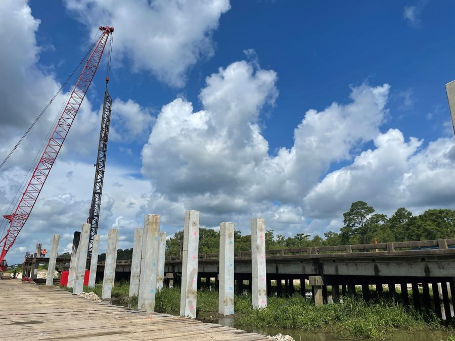The major I-10 project runs from the Texas state line to east of Vinton, La., and will widen 10.5 mi. of I-10 from four to six lanes. There are currently two lanes in each direction, which will be expanded to three.