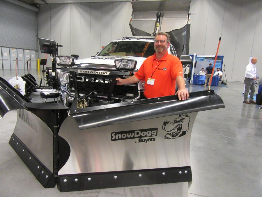 Scott Moorman of Buyers Products presented the company's SnowDogg VXXII V-Plow with RapidLink at the Cleveland Roadshow.