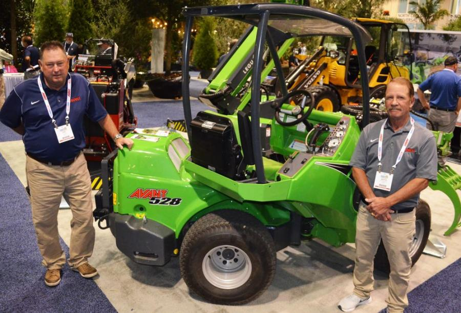 Tucked nicely into the ALTA exhibit, Avant's Phil Rice (L) and Martin Owen were busy promoting their popular 528 machine and their new Leguan tracked-remote control-self leveling manlifts.