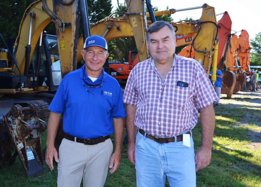 Ross McMillan (L) of Iron Auction Group gives a warm welcome to Wendell Cain of Cain & Todd Equipment, based in Lilburn, Ga.