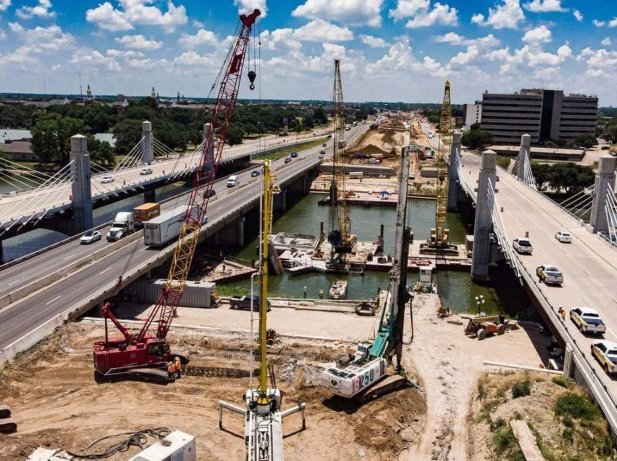 The Texas Transportation Commission has designated the I-35E Phase II project as part of the statewide Texas Clear Lanes initiative.