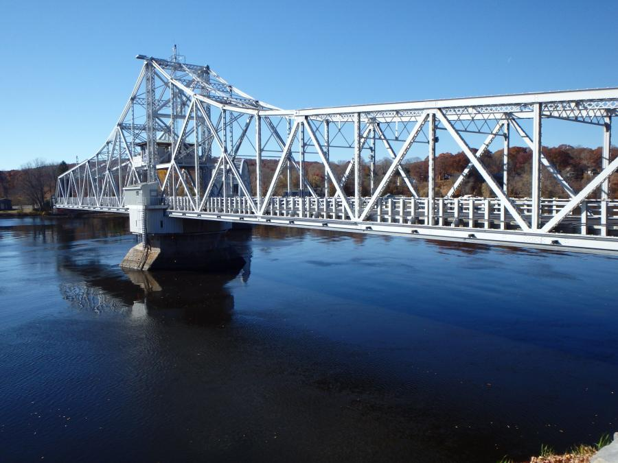 The bridge totals approximately 885 ft. in length. At the time it was built, the movable bridge was believed to be the largest of its kind.