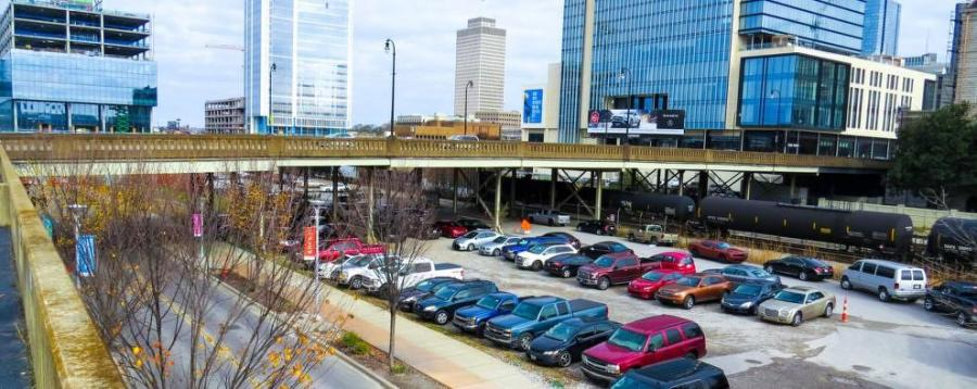 The Broadway viaduct project will replace a bridge that serves as one of the primary gateways into and out of downtown's core, funneling some 26,000 vehicles over five CSX railroad lines, 11th Avenue South and two greenways. (Gresham Smith photo)