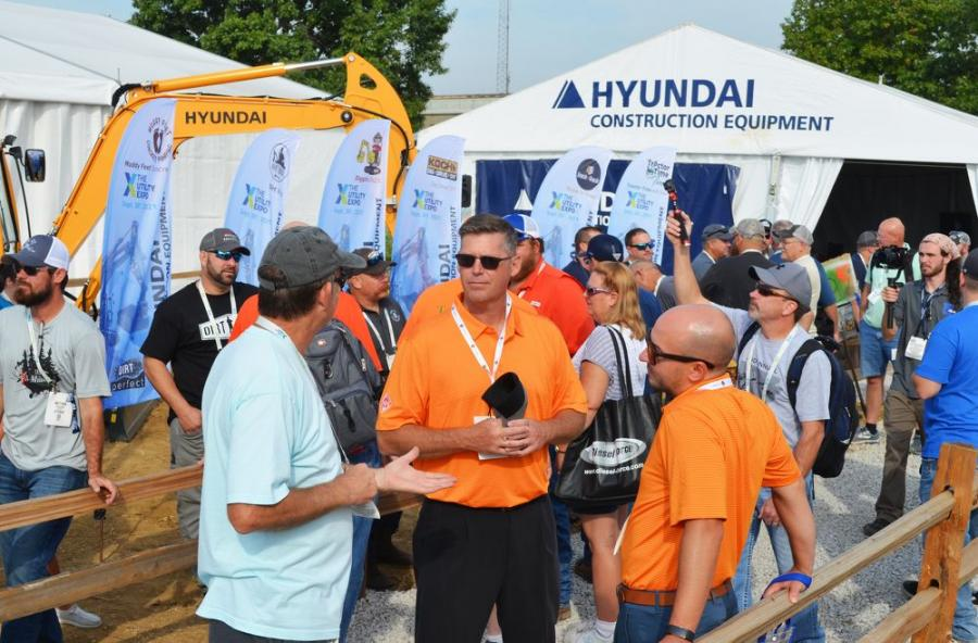 During day three of the show, Hyundai packed in a huge crowd to its outdoor space for a special meet-and-greet event with 20 popular social media sensations.