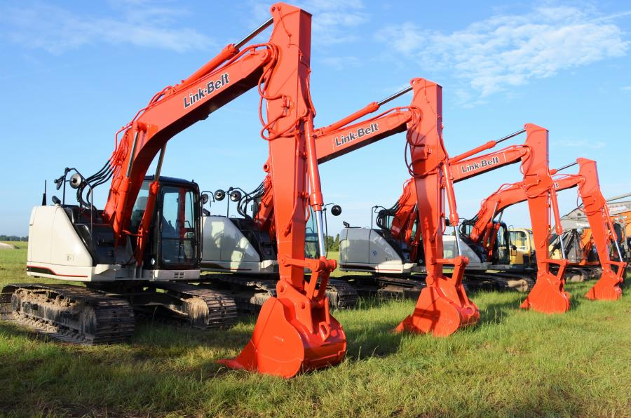 At the heart of a fine line-up of excavators were four really nice-looking Link-Belt 145 X3's